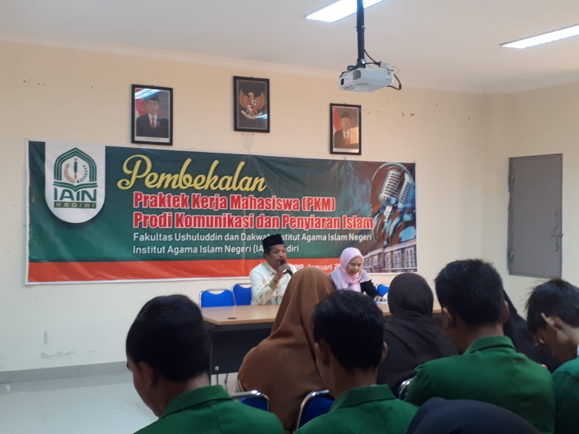 Lepas 91 Mahasiswa, Dekan FUDA Pesan Lahirkan Inovasi di PKM