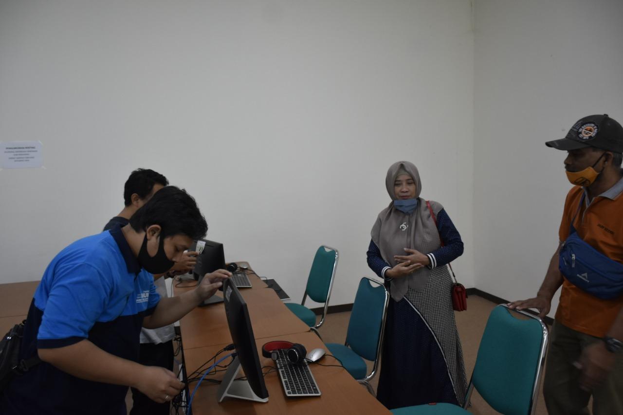 Wakil Rektor II IAIN Kediri Pantau Langsung Gladi Resik SKB CPNS 2019